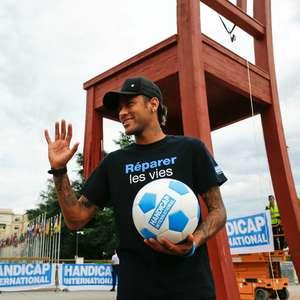 Neymar está a 3 jogos de sua consagração na França