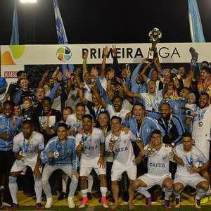 Londrina é campeão invicto e amplia martírio do Atlético-MG