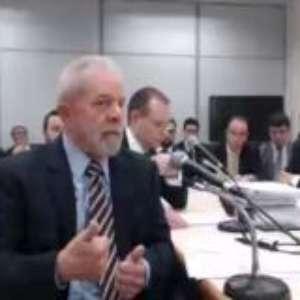 O que acontece com Lula caso Moro seja considerado suspeito?