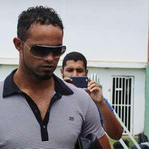 Fluminense de Feira desiste da contratação do goleiro Bruno