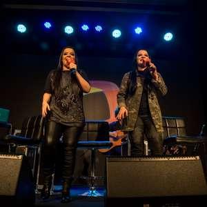 Maiara e Maraisa levam inédita para o Terra Música Ao Vivo