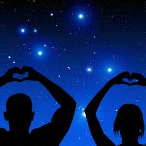 Amor em tempos de eclipses e pandemia