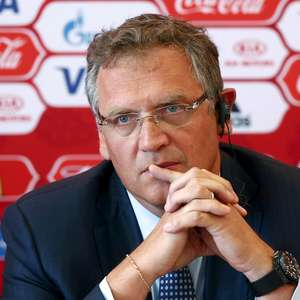Suíça condena Valcke e absolve presidente do PSG