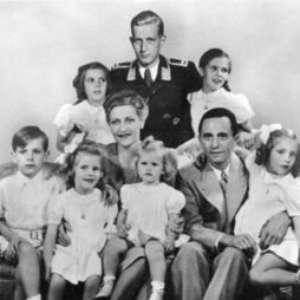 Goebbels, fanatismo e propaganda