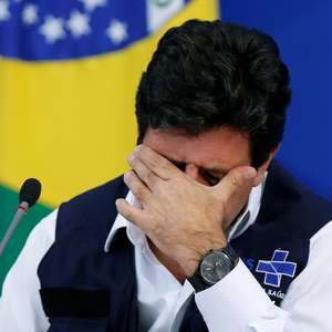 Bolsonaro: fala de Mandetta sobre arma vai contra medicina