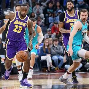 NBA vota retomada da temporada com 22 times na Disney