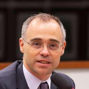 André Mendonça demite diretor após dossiê de antifascistas