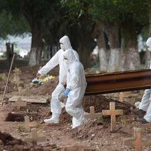 Brasil registra 809 novas mortes e passa marca de 138 mil