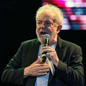 Lula critica reclamação de Moro sobre interferência na PF