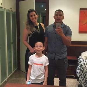 Com o futebol paralisado, Rafael Costa destaca a importância da família na quarentena