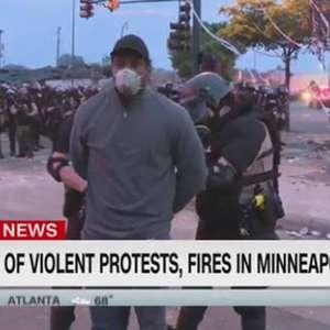 Repórter da CNN é preso durante cobertura de protesto