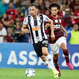 Athletico descarta entrar na briga por Ricardo Oliveira