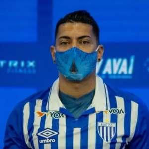 Apresentado ao Avaí, Ralf dispara: 'O Corinthians é página virada'
