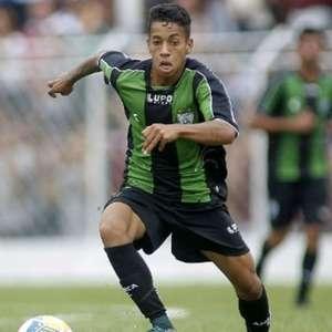 Matheusinho, do América-MG, é diagnosticado com a Covid-19