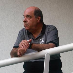 Botafogo reage à reportagem sobre pressão interna para retorno