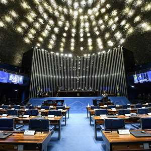 Após críticas, projeto de lei das 'fake news' terá texto revisto e será votado nesta terça