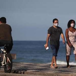 Crivella diz vai abrir praias normalmente só após vacina