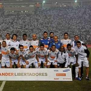 Veja por onde andam os jogadores do Santos campeões da Libertadores de 2011