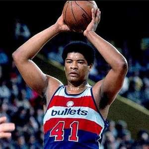 Um dos 50 melhores jogadores da história da NBA, Unseld morre aos 74 anos
