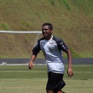 Volante da Ponte acredita que volta do futebol pode ser precipitada
