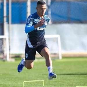 Promessa da base, Darlan fala sobre o Grêmio: 'É a minha segunda família'