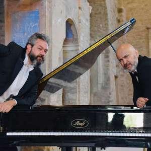 Tenores italianos celebram 'Dia da República' com show online