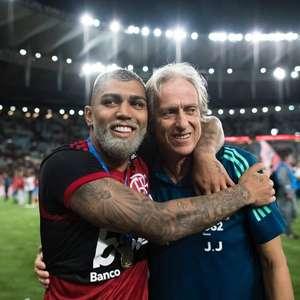Jorge Jesus confirma que vai permanecer no Flamengo: 'Digam à Nação que fico!'