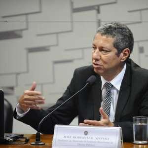 'Pai' da LRF defende atrelar meta para dívida pública do País a teto flexível