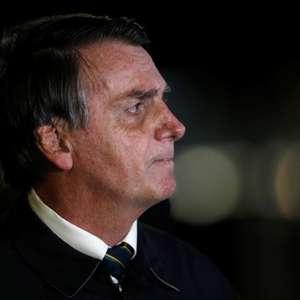 "Bolsonaro diz lamentar mortes pelo coronavírus, mas é ""destino de todo mundo"""