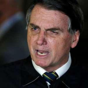 """Bolsonaro se defende sobre """"descaso"""" no combate à corrupção"""
