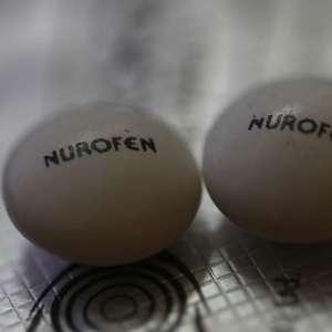 Britânicos testam ibuprofeno em pacientes com covid-19