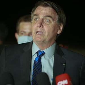 Bolsonaro chama manifestantes da oposição de 'terroristas'