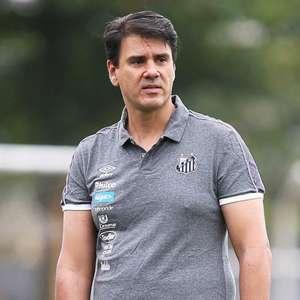 Atletas, parentes e funcionários da Base do Santos aderem em massa ao programa de sócios do clube