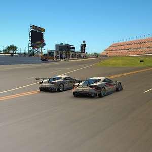 Luiz Felipe Tavares é o primeiro piloto oficial de automobilismo virtual de um time da Stock Car