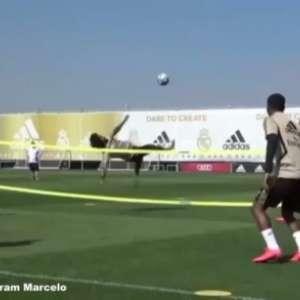 VÍDEO: Em futevôlei com companheiros de Real Madrid, Marcelo acerta linda bicicleta