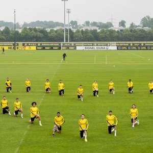 De joelhos, atletas de Borussia Dortmund e Besiktas fazem homenagens a George Floyd