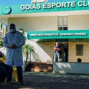 Goiás anuncia que três jogadores e cinco funcionários testaram positivo para covid-19