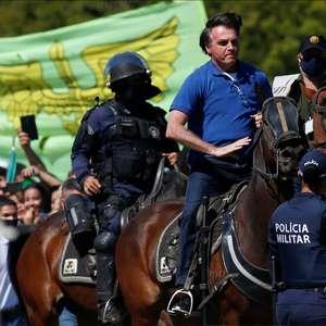 """Para Bolsonaro, manifestações contra o governo no domingo serão feitas por """"marginais"""""""