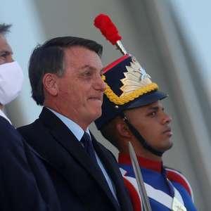 Bolsonaro defende divulgação atrasada e parcial de dados