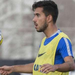 Formado na base do Corinthians, jogador cria projeto nas redes sociais