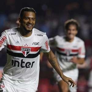 Há 7 anos no São Paulo, Reinaldo diz: 'Tem algo reservado para conquistar'