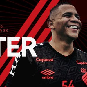 Readequação física de Walter no Athletico vira websérie