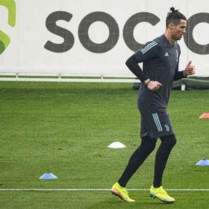 Após quase três meses, Juventus volta a treinar em seu estádio