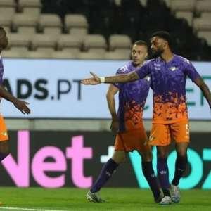 Português: gol 'fantasma' dá vitória ao Moreirense fora de casa