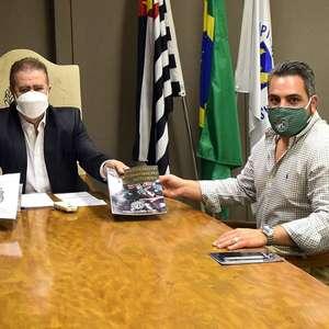 'Brasil fez abolição incompleta', diz presidente da Ponte