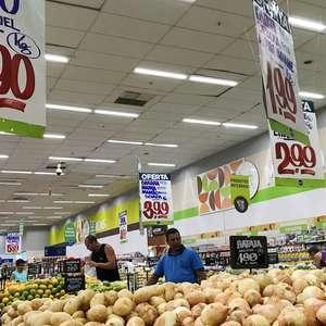 Inflação dos alimentos sobe 9,75% e afeta os mais pobres