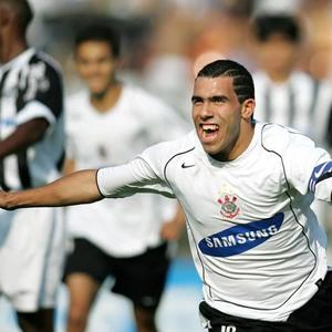 Saiba o que pensa o Corinthians sobre a contratação de Tevez