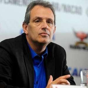 VP do Flamengo revela discussões por conta de falas de Abel: 'Achava que ele devia estar de sacanagem'