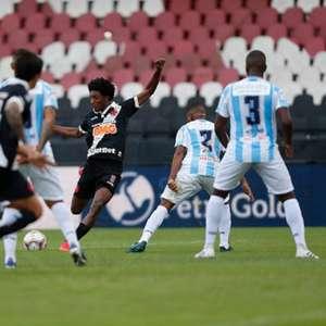 Na estreia de Ramon, Cano faz três e Vasco vence o Macaé