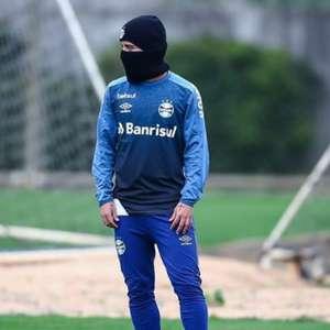Elenco do Grêmio se reapresenta no CT Luiz Carvalho